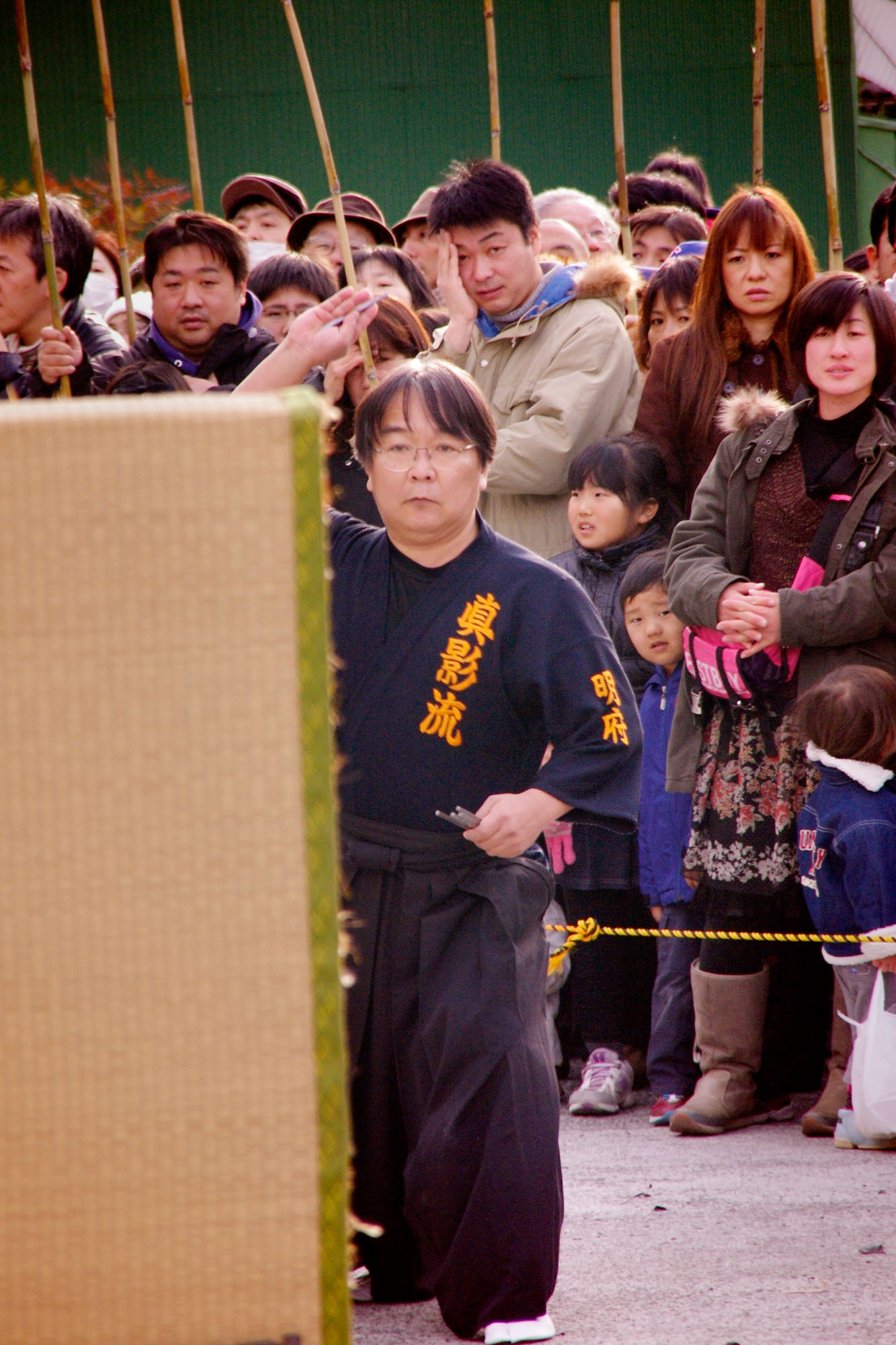 A046 手裏剣投げ 奥沢 浩 琴平神社 2012/01/15